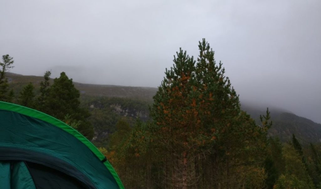 wild-camping-weather-when-we-went-to-bed-1